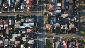 Ceny mieszkań i sytuacja na rynku nieruchomości mieszkaniowych i komercyjnych w Polsce (1Q2018)