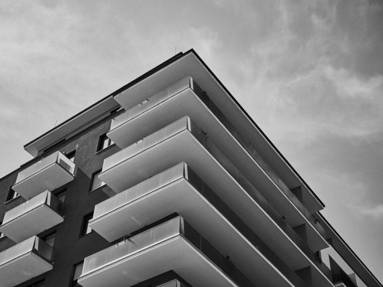 Ceny mieszkań i sytuacja na rynku nieruchomości mieszkaniowych i komercyjnych w Polsce (3Q2018)