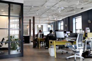 Rynek coworkingowy i jego dynamika na tle branży nowoczesnych przestrzeni biurowych w Trójmieście