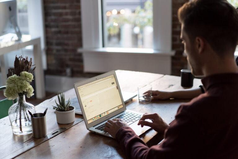 Z Portfelem w Chmurach #41: Jak inwestować w nieruchomości przez internet [podcast]